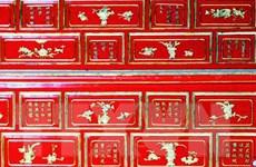 Đón bằng công nhận di sản tư liệu thơ văn trên kiến trúc cung đình Huế