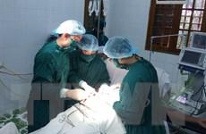 Bệnh viện Bạch Long Vĩ mổ cấp cứu cho một chiến sỹ không quân