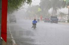 """Mưa lớn trên Biển Đông, Bắc Bộ có mưa """"giải nhiệt"""" ở vài nơi"""