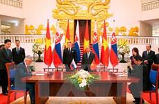 Thủ tướng Nguyễn Xuân Phúc đón, hội đàm với Thủ tướng Slovakia