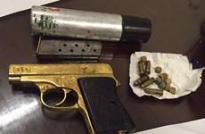 Tạm giữ đối tượng tàng trữ trái phép súng quân dụng và ma túy