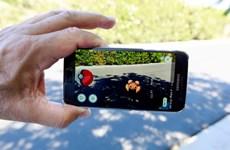Bị cướp điện thoại vì mải chơi Pokémon Go trong công viên