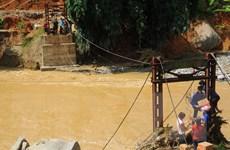 Dành gần 700 triệu đồng cứu trợ người dân bị lũ quét ở Lào Cai