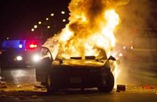 Mỹ: Biểu tình phản đối cảnh sát tại Milwaukee biến thành bạo loạn
