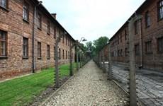 Nói trại tập trung Đức quốc xã là của Ba Lan sẽ bị phạt tù