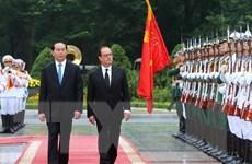 Chủ tịch nước Trần Đại Quang đón, hội đàm với Tổng thống Pháp