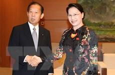 Chủ tịch Quốc hội tiếp Chủ tịch Liên minh nghị sỹ hữu nghị Nhật-Việt