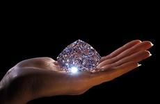 """Đã tìm ra một loại """"siêu vật liệu"""" cứng hơn cả kim cương"""