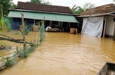 Miền Trung vẫn ngập lụt nghiêm trọng, mưa lũ mở rộng sang Tây Nguyên