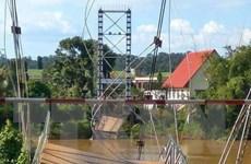Vụ sập cầu treo Tà Lài: 4 người rơi xuống sông đều được cứu