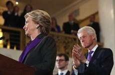 Vì sao bà Hillary Clinton và Michelle Obama mặc màu tím?