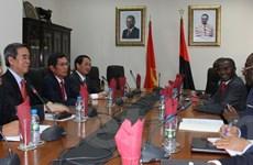 Việt Nam và Angola nghiên cứu lập liên doanh sản xuất lúa gạo