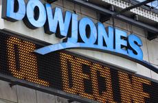 Chứng khoán Mỹ lên điểm, Dow Jones áp sát mốc 20.000 điểm