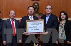 Thái Nguyên trao số tiền 1 tỷ đồng giúp đỡ đồng bào miền Trung