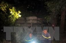 Quảng Ninh: Xe bồn chở nước bất ngờ mất lái, đâm sập nhà dân