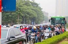"""Chen chúc giữa một """"rừng"""" phương tiện, BRT có giữ được """"phong độ""""?"""