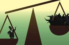 Tài sản 8 người giàu nhất thế giới chiếm gần 50% của cải dân toàn cầu