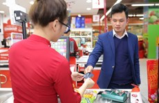 Chen chân mua sắm dịp Tết cận kề, săn hàng tốt với giá hời