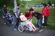 Người đàn ông Nhật Bản sống hạnh phúc với cô búp bê xinh đẹp