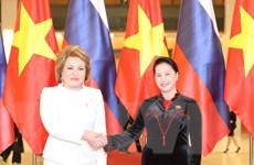 Việt Nam ưu tiên củng cố, phát triển quan hệ với Liên bang Nga