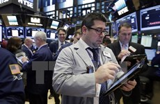Chờ kết quả cuộc họp của Fed, chứng khoán Mỹ đồng loạt giảm điểm