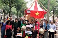 Hoạt động ý nghĩa của cộng đồng sinh viên Việt Nam tại Hà Lan