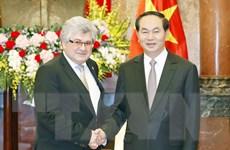 Việt Nam coi trọng củng cố và phát triển quan hệ với Thụy Sĩ