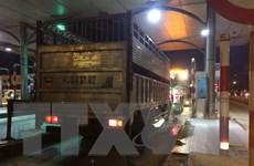 Xe tải vi phạm lao thẳng vào cảnh sát giao thông, 1 chiến sỹ tử vong