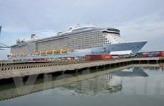 3.500 hành khách đến Việt Nam bằng tàu biển lớn nhất châu Á