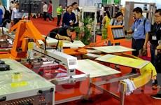 Lần đầu tổ chức triển lãm công nghệ in lụa và kỹ thuật số ở Việt Nam