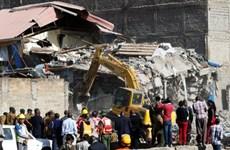 Sập chung cư 7 tầng ở thủ đô của Kenya làm hơn 120 người mất tích