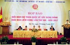 Phối hợp chặt chẽ với báo chí tuyên truyền về công tác xây dựng Đảng