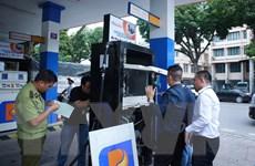 """Nhiều cửa hàng xăng dầu lập lờ """"mượn"""" thương hiệu của Petrolimex"""