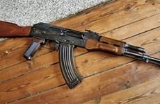 Bắt giữ một đối tượng mang súng AK đi giải quyết mâu thuẫn