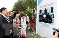 Triển lãm về quan hệ hữu nghị truyền thống, đoàn kết đặc biệt Việt-Lào