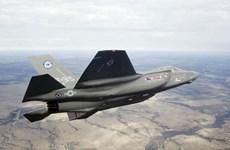 """Lockheed Martin thuyết phục Canada quay lại với """"siêu máy bay"""" F-35"""