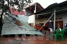 Mưa đá kèm theo lốc xoáy làm tốc mái hơn 40 ngôi nhà tại Lâm Đồng