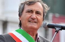 """Thị trưởng Venice tuyên bố bắn hạ bất kỳ ai hét lớn """"Allahu Akbar"""""""