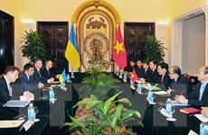 Tạo điều kiện thuận lợi cho cộng đồng người Việt Nam tại Ukraine