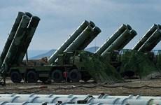 Nga ký thỏa thuận bán hệ thống phòng thủ tên lửa S-400 cho Thổ Nhĩ Kỳ