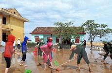 Nhiều học sinh vùng thiệt hại nặng do bão số 10 đã trở lại trường