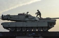 Mỹ triển khai 40 xe bọc thép hạng nặng tới Romania diễn tập