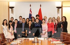 Chủ tịch Quốc hội tiếp đại diện sinh viên Australia học tại Việt Nam