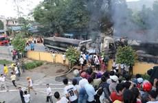 Tai nạn liên hoàn khiến 4 xe ôtô bốc cháy dữ dội, 1 người bị bỏng