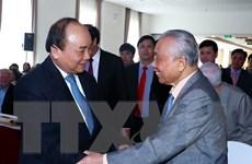Thủ tướng Nguyễn Xuân Phúc gặp mặt cán bộ hưu trí Văn phòng Chính phủ