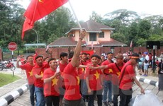Người Việt tại Malaysia vỡ òa hạnh phúc trước kỳ tích của đội nhà
