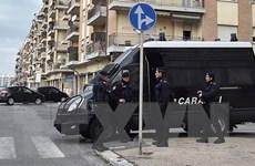 Thủ tướng Italy dọa trừng phạt nghiêm khắc kẻ kích động bạo lực