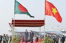 [Photo] Chủ tịch nước Trần Đại Quang và Phu nhân thăm Bangladesh