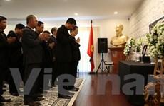 Viếng nguyên Thủ tướng Phan Văn Khải tại Australia, New Zealand
