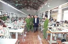 Phó Chủ tịch Quốc hội thăm một số cơ sở của Tổng cục 8 Bộ Công an